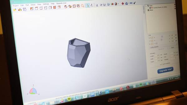saksi2 3DBrooklyn'ın hazır tasarımları üzerinde modifikasyonlar yapıldı.