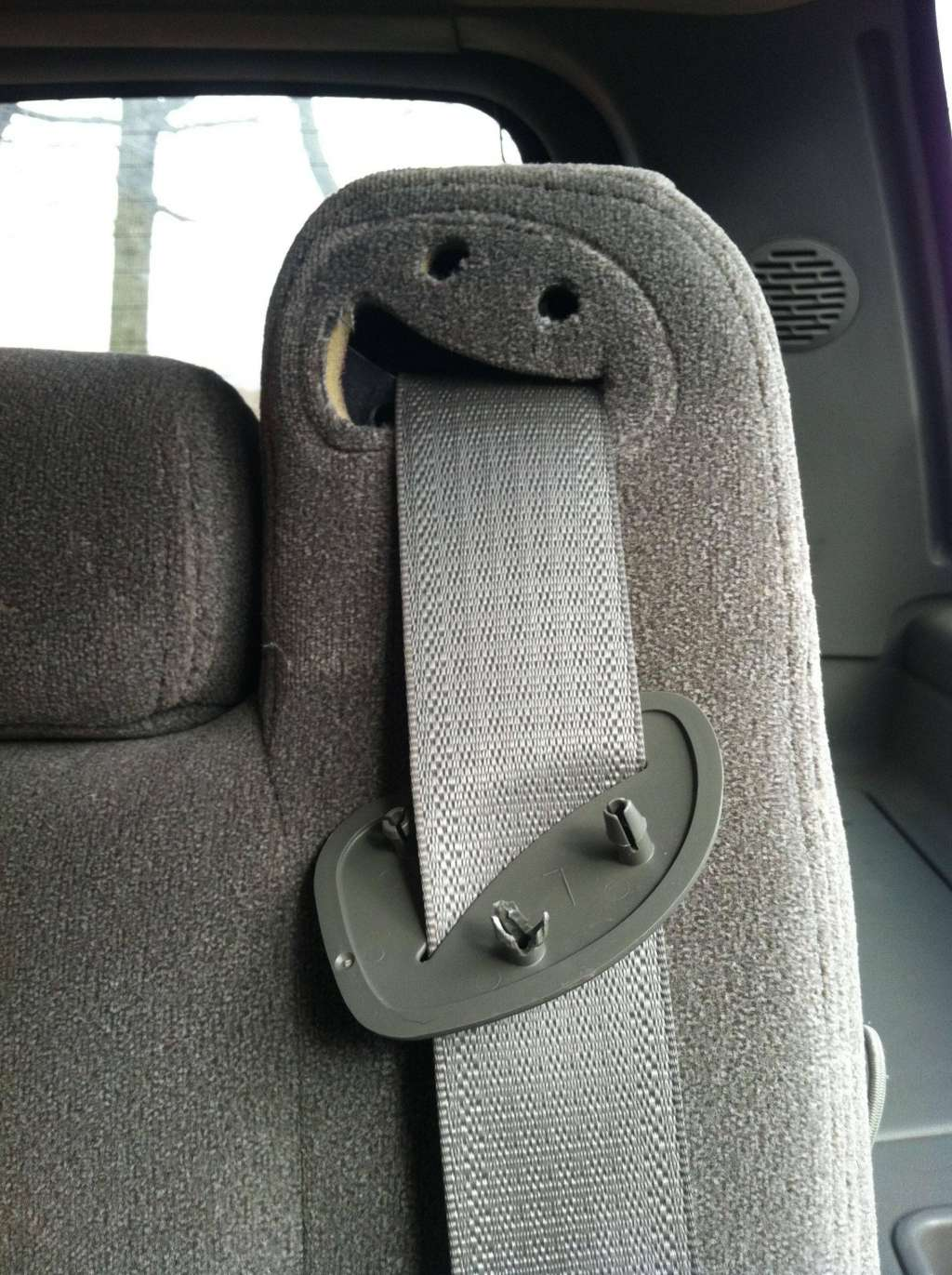 this-drunk-seatbelt-thing-photo-u1