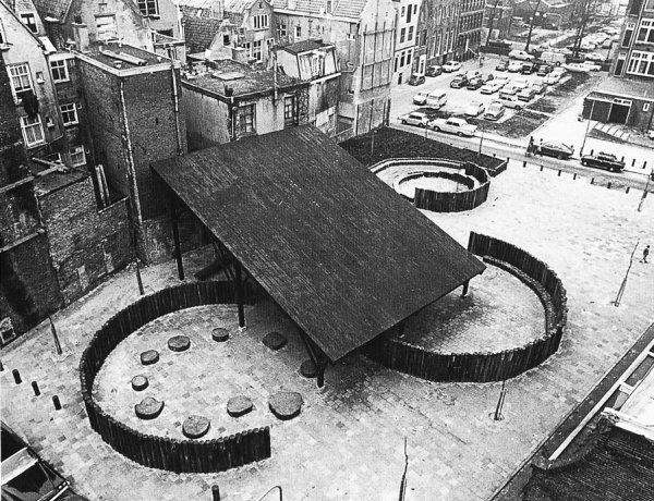 Playground_Nieuwmarkt_Van-Eyck1