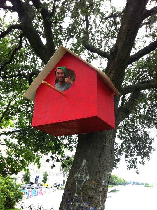 giant-recycled-birdhouse