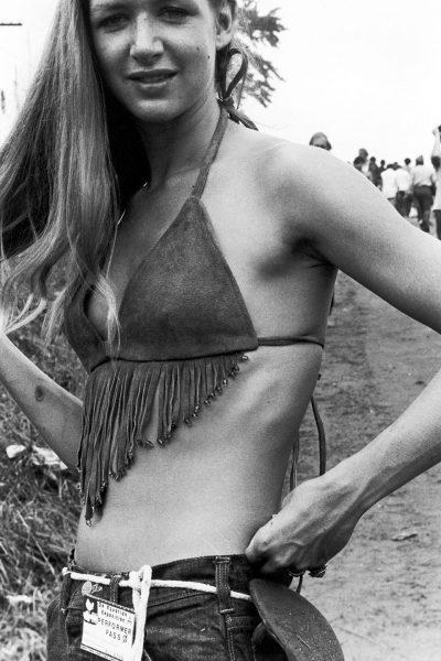 woodstock-women-fashion-1969-76__880