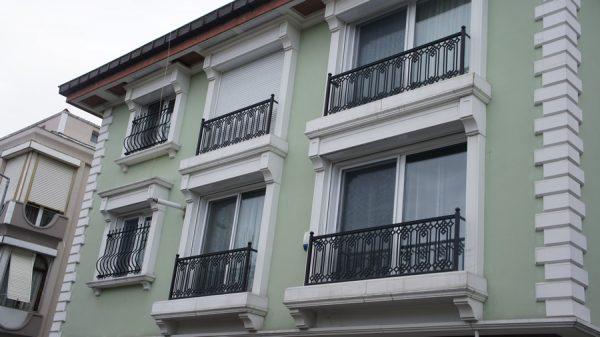 fransiz-balkon