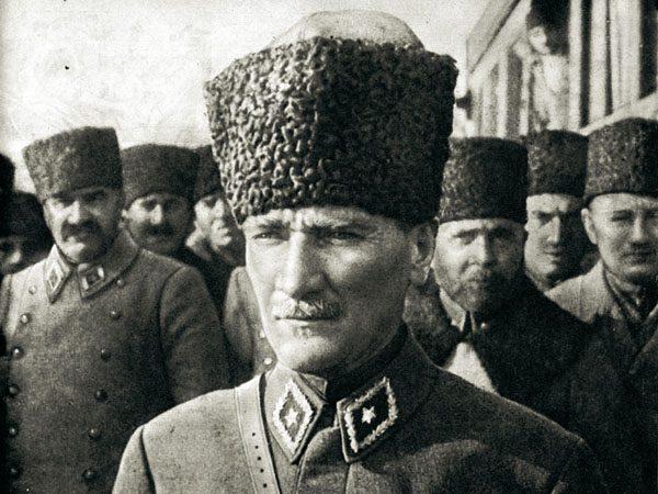 11. Atatürk'ün İlgisi