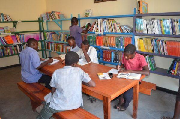 William Kamkwamba-kütüphane