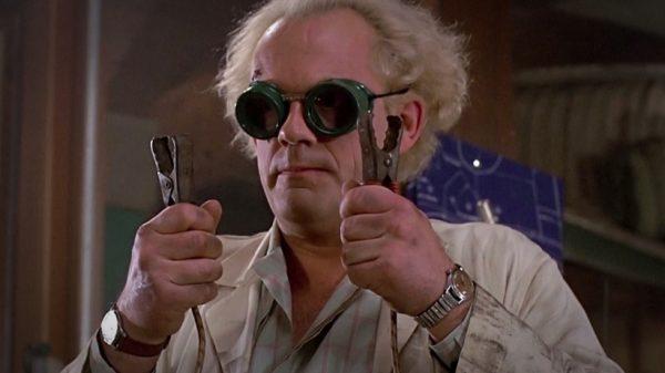 bilim-adami-gelecege-donus