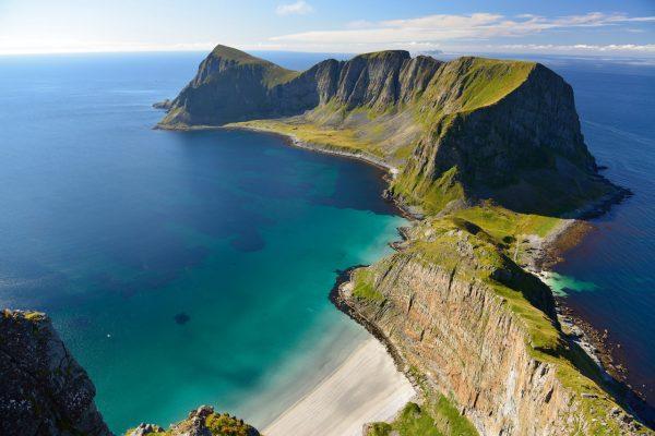 9. Værøy Adası