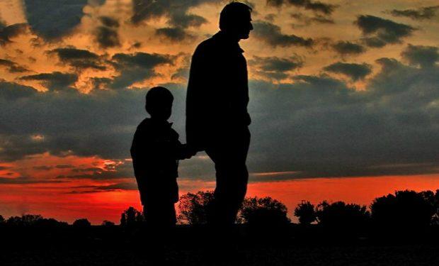Babalardan çocuklarına çocuklardan Babalarına şiirler Listelistcom