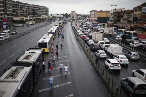 metrobus-trafik-kaza