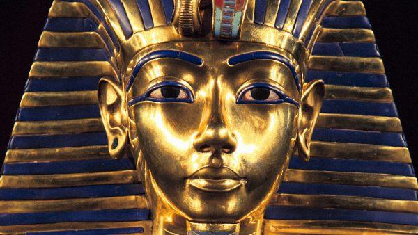 1. Tutankhamon altin maske