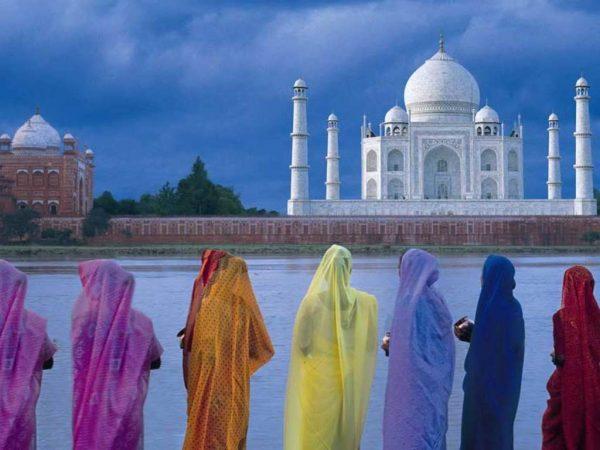 11. Kadınların Duygu Dünyasını Yansıtan Renkler
