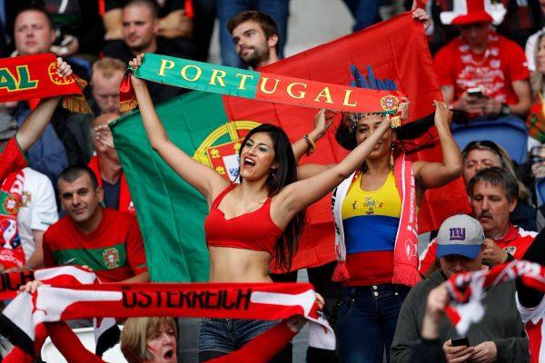 Portekiz Tribünü
