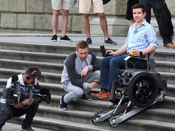 Scalevo-tekerlekli-sandalye5