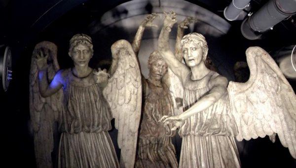 aglayan-melekler