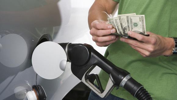 benzin-parasi