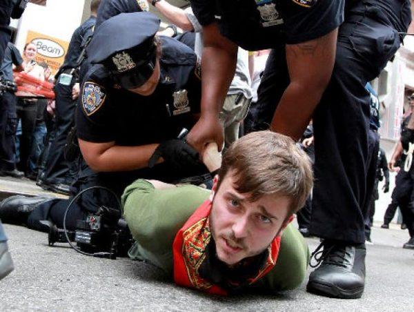 polise direnmek