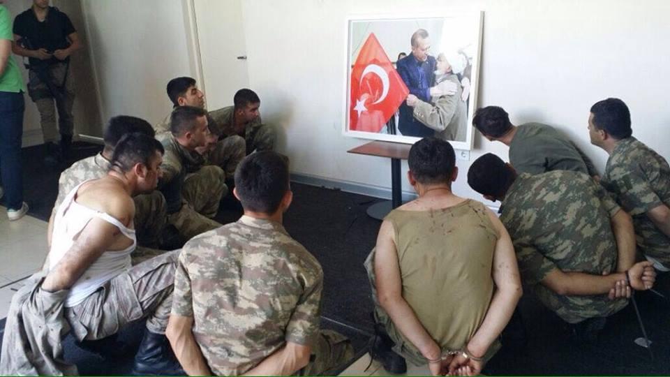 reise-bakma Tayyip Erdoğan'ın fotoğrafına bakmak ne zamandan beri ceza?    <h2>Kötü günde bile seçiçi olmayı bilen Turkish Swinger </h2> <p><img loading=