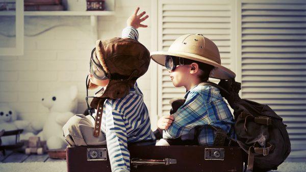 seyahat-cocuk-mutlu