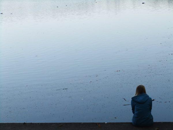 02 yalnızlığı seven kadın