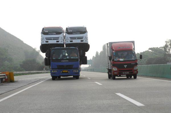 üstüste-kamyonlar