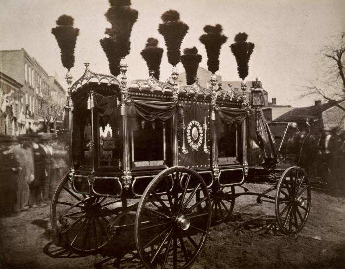 abraham cenaze arabası