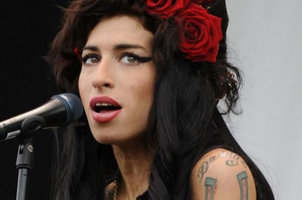amy-winehouse-doc-again