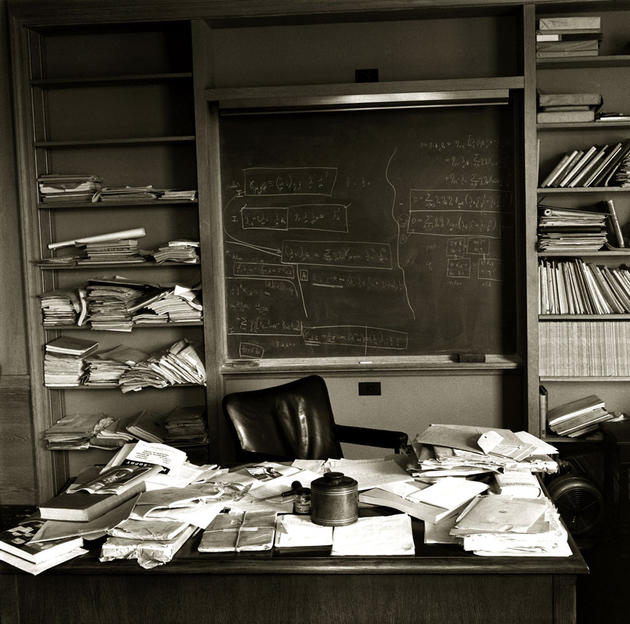 historical-photos-pt5-einsteins-office-death-day
