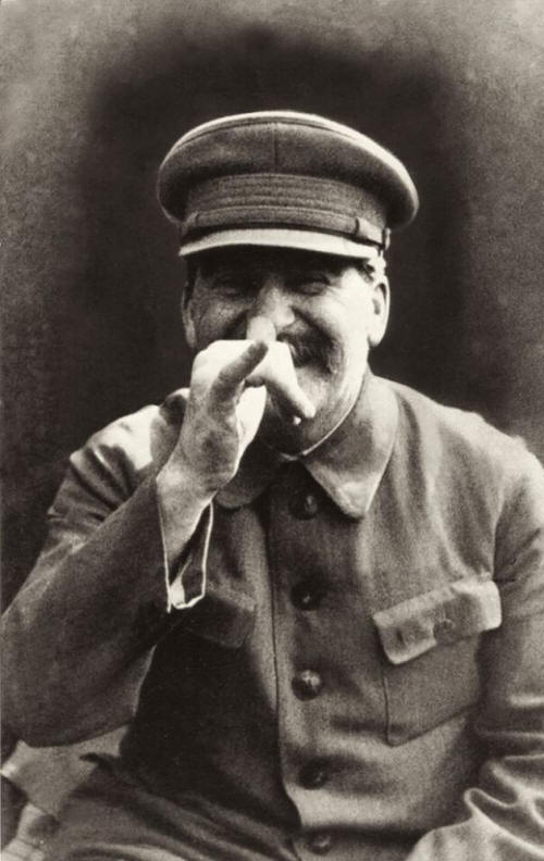 historical-photos-pt7-joseph-stalin-goofing-around