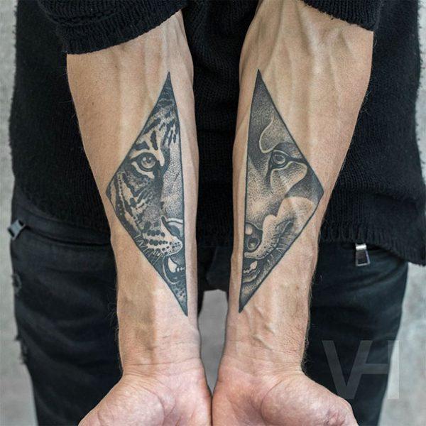 symmetrical-tattos-valentin-hirsch-1-57b45623ca7d2__605