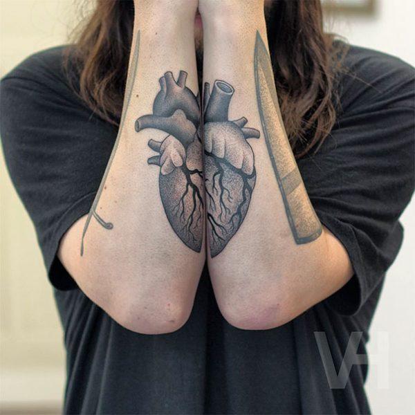 symmetrical-tattos-valentin-hirsch-5-57b4562cd5058__605