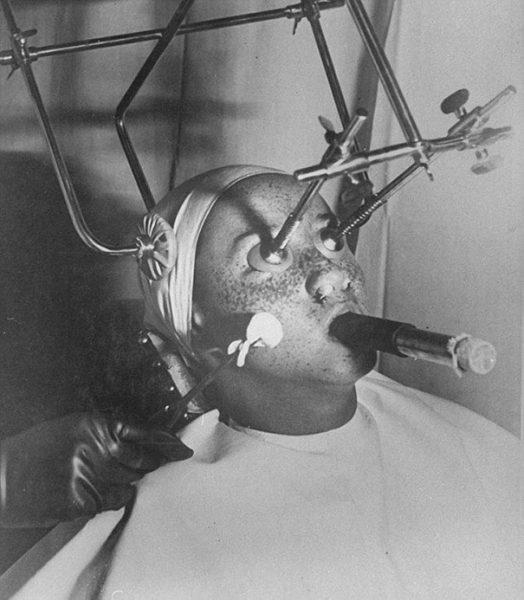 vintage-beauty-salon-equipment-3