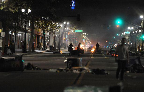 Reaction-to-the-US-Election-Oakland-USA-09-Nov-2016