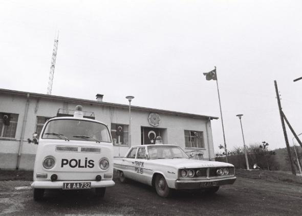 polis-arabası-18