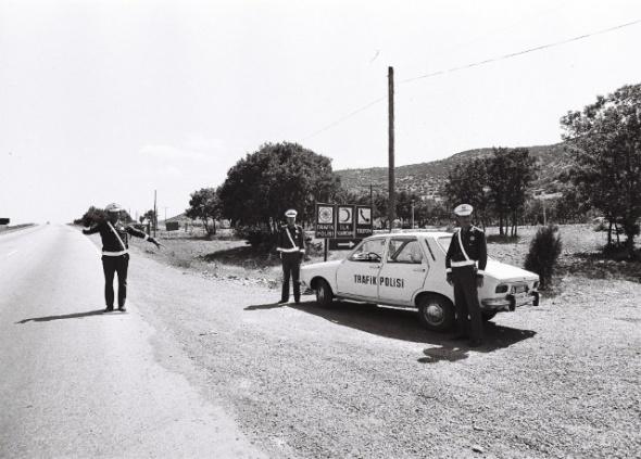 polis-arabası-2