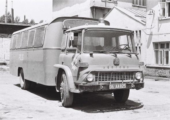 polis-arabası-20