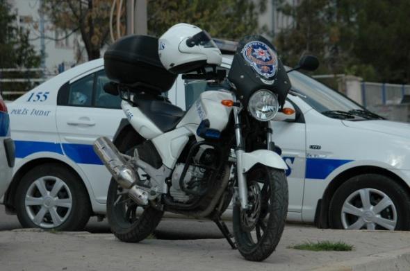 polis-arabası-25