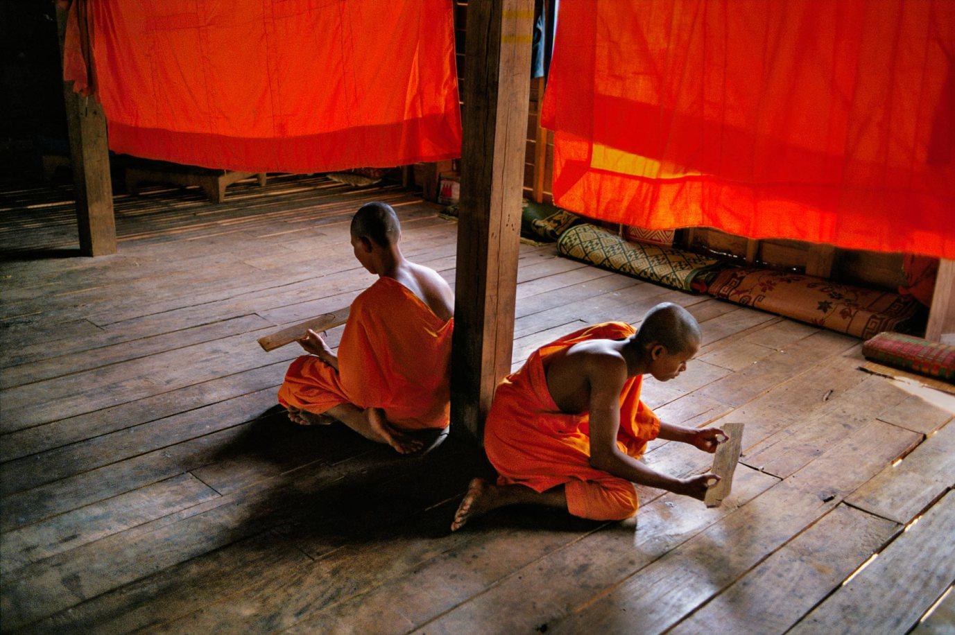 1347465_1, cambodia, 1999