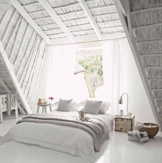 025 yatak odası