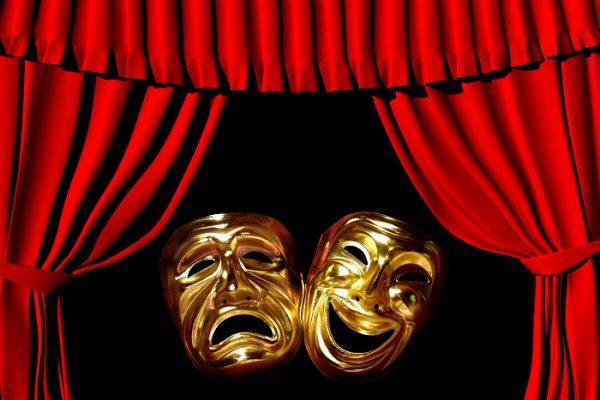 11. Bitmeyen tiyatro özlemi