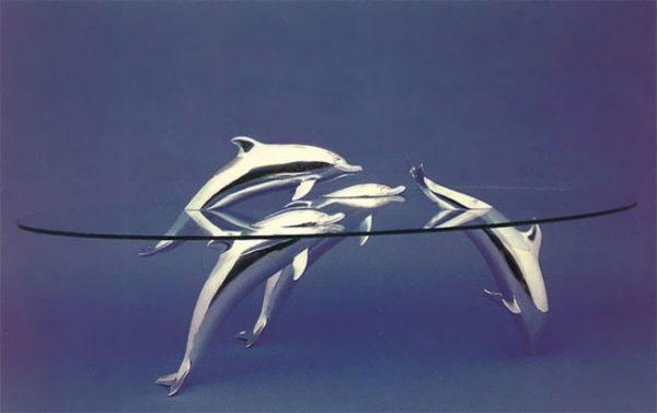 6146005-creative-tables-water-animals-derek-pearce-17-1471581496-650-7f43bbf190-1471624112