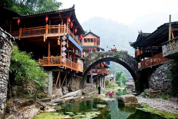 Fairy-tale-villages-57234ca270e0b__880