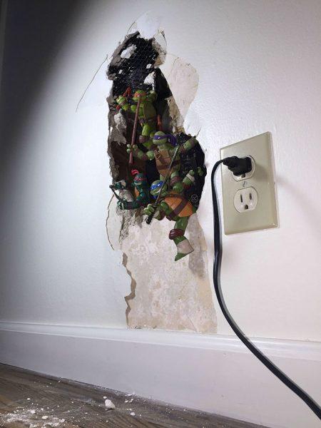creative-ways-to-fix-broken-things-5-584803ef1a4ea__700