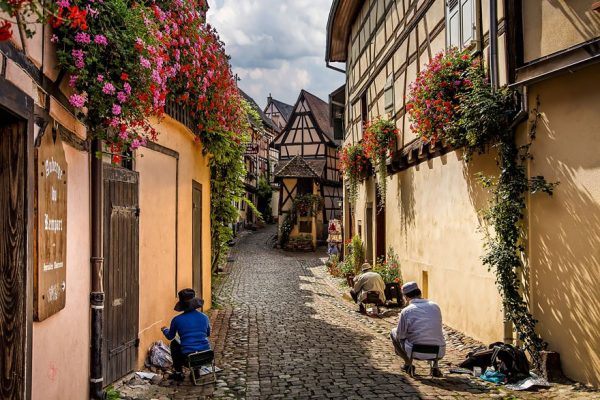 fairy-tale-villages-12-57221a683e53e__880