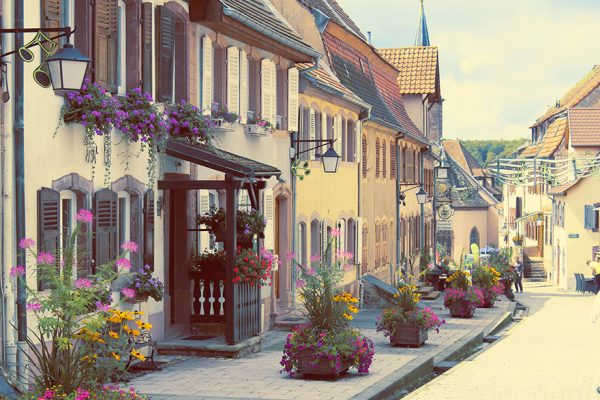fairy-tale-villages-40-57235ae794170__880