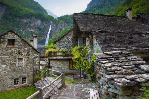fairy-tale-villages-7-57221a5b83147__880