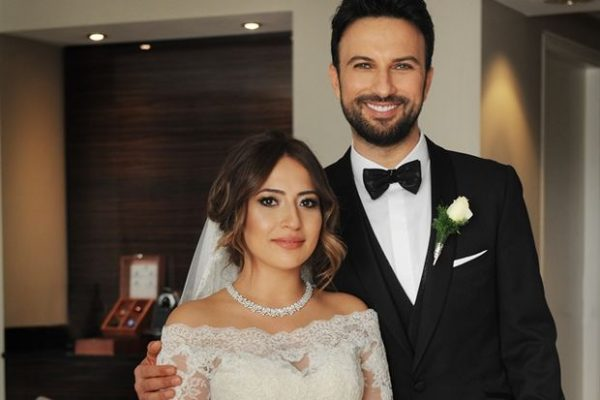 tarkan-evlendi