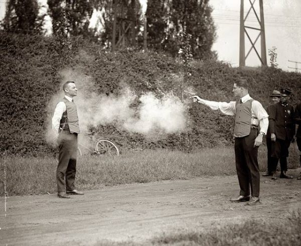 testing-a-bulletproof-vest-in-1923-photo-u1