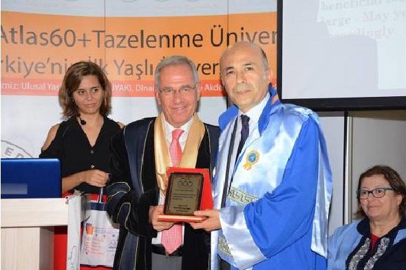 turkiye39nin-ilk-60-yas-ustu-universitesi-antalya39da-acildi-h