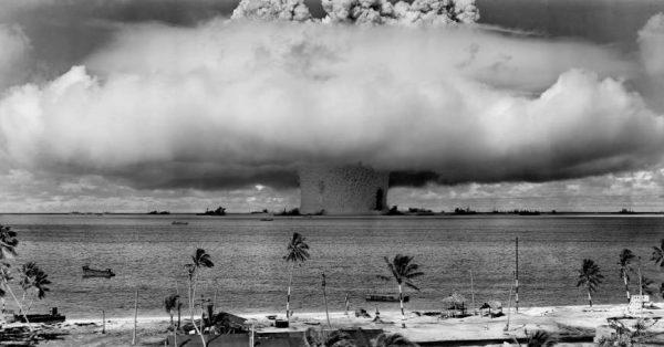 underwater-detonation-of-a-nuclear-bomb-photo-u1