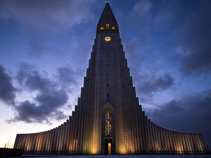 15 Hallgrímskirkja, Reykjavík, Iceland