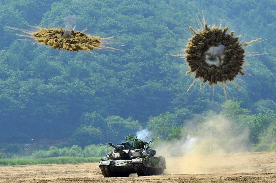 Perfectly-Timed-Military-Photos-2